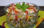Салат с тунцом, огурцом и рисом